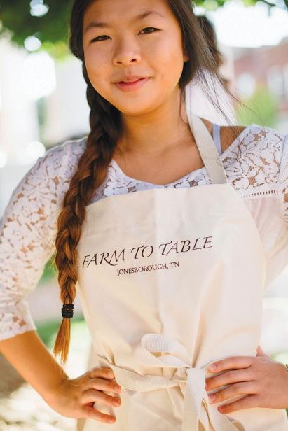 farm to table waitress